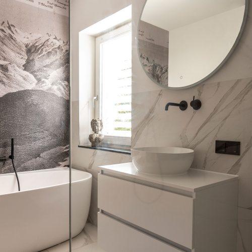 Installatie van een badkamer door Bloemendaal Installatie